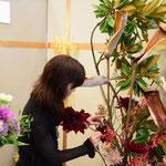 2015.11.07パシフィコ横浜アネックスホール ウーマンビジネスフェスタ2015よこはマルシェ!<6>開場後、公開生け込み
