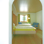 A 3 - view room