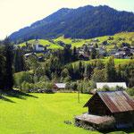 Foto: Dietmar Walter------------------------------Hirschegg mit Heuberg