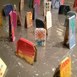龍神悦子さんの個展~お家カスタネットで街づくり~。作品アップ