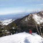 ガンバ・右に水ノ塔山