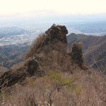 北側から見た獅子岩