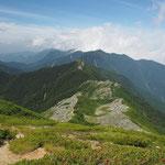 小太郎山への稜線