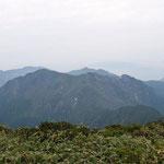 万太郎山、谷川岳
