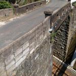 陸橋  (歴史を感じた橋)