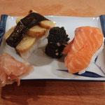Omlette auf Sushi