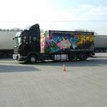 Was für ein Bild - Scania und der Container - Danke Sven, Benni und Lenni!