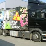 Scania und Container im Zoll vom Kiew