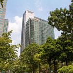 Traders Hotel - direkte Lage und Zugang zum Einkaufszentrum Suria KLCC und den Petronas Twin Towers.