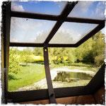 Zimmer mit Aussicht: der Blick aus dem gusseisernen Dachfenster