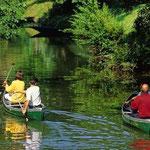 à 300 mètres, pratiquer le canoë kayak sportif ou familial sur le Ciron.