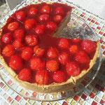 erdbeer vanille biskuit torte