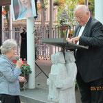 Rosenkranz-Gebet mit Prälat Richard Schulte Staade u. Maria Bennemann