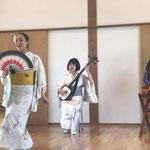 2017/7/30 陸前高田の公営住宅にて。踊り子ゆっこの「津軽よされ節」。