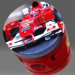 Ferrari dipinta su pistone da John Dillon con aerografo