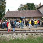 Ein Blick auf den Bahnhof während der Ansprachen.