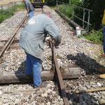 Schwellentausch - drei neue Schwellen wurden auf der Strecke eingesetzt