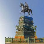 Reiterstandbild Friedrichs des Großen - Unter den Linden