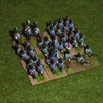 große Einheit in tiefer takt. Formation mit Plänkler- und Kavallerie-Attachement