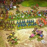 Die Bondis werden in der Flanke angegriffen und frontal beschossen, um die 48 Treffer hinzubekommen. Die Reiter decken die Flanke der Psiloi.