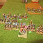 Die Normannen ziehen auf ein my an die Perser heran, bereit zum Angriff.