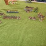 Die Katis sind alle weg, die Normannen gewinnen langsam die Oberhand und die Waräger verfolgen die Flüchtenden.
