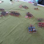 Die Waräger gewinnen gegen die abgesessenen Ritter, die leichten Reiter erreichen die Bogenschützen.