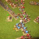 Die leichten Speerwerfer werden angegriffen und weichen hinter die schwere Infantrie zurück. Der Arabische General fällt.