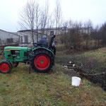 Auch Traktoren kamen zum Einsatz.