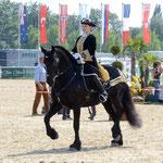 Melanie Reidinger und die junge Stute Black Princess: Gratulation an Beide!