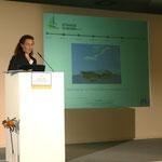"""Susann Skalda (GF Biomasse Schraden e.V.) berichtet von den erreichten Zielen des Biomasse Schraden e.V. im Verbundprojekt """"AgroForNet""""..."""