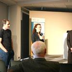 Dr. David Butler Manning und Susann Skalda bei der anschließenden Diskussion.