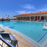 Bagno Brunella e Ada beach - La piscina di acqua salata -