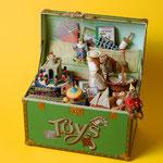 Spieluhr in der Hohlkehle mit Softbox geblitzt