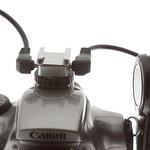 Adapter zum Anschluß von 2 externen Blitzgeräten