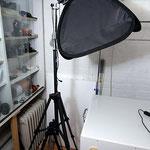 Magic-Softbox 40x40 cm auf Stativ für Porträts und Produktfotografie