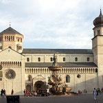 Dom in Trento, Italien, Canon EOS 300D, Vivitar 1:2,8/28 mm