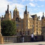 Schweriner Schloss, Canon EOS 300D, Kit-Objektiv 1:3,5-5,6/18-55 mm