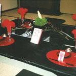 横浜・根岸にある旧柳下邸にてお正月のテーブルセッティングのフラワー装飾 その2