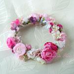 ローナ ピンク系のアーティフィシャルフラワーを使ったお花冠