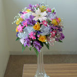 ウェディングの花 ラウンドブーケ ビーダマイヤースタイル