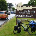 Ploumanach, beginn der rosafarbenen Granitküste.