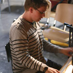 Unser Pianist Iwan Djadkov, der ohne Noten jedes Mal auf's Neue spontan etwas für unsere Ohren gezaubert hat.
