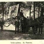 In 1907 was er een Landbouwfeest (in Alkmaar?). Dit is de wagen waarmee Sint Pancras deelnam. Het wapen op de wagen is van een onbekende uitvoering en het paard loopt naar rechts,  terwijl het in alle bekende varianten van het wapen naar links loopt...
