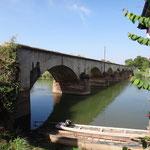 Brücke zwischen Don Det und Don Khone