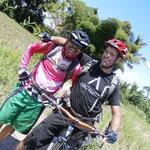 Unterwegs mit: Gusti, der Guide, und Eric, der Ingenieur aus Kanada
