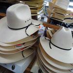 Oder doch lieber einen schönen Cowboy-Hut?