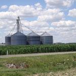Getreidesilos auf den Farmen