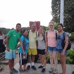 Unsere lustige Reisetruppe - David aus Spanien und Familie aus Indien