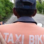 Ein Ausflug mit dem Taxi nach Thong Sala